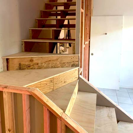 elh_construction_best_builders_Cairns_carpentry_services_stair_case